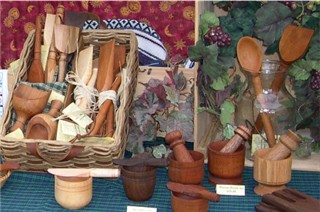 wooden spoons, scoops, spatulas and wooden kitchen utensils.